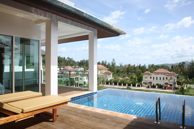 ... 2 Bedroom Penthouse with Pool ...